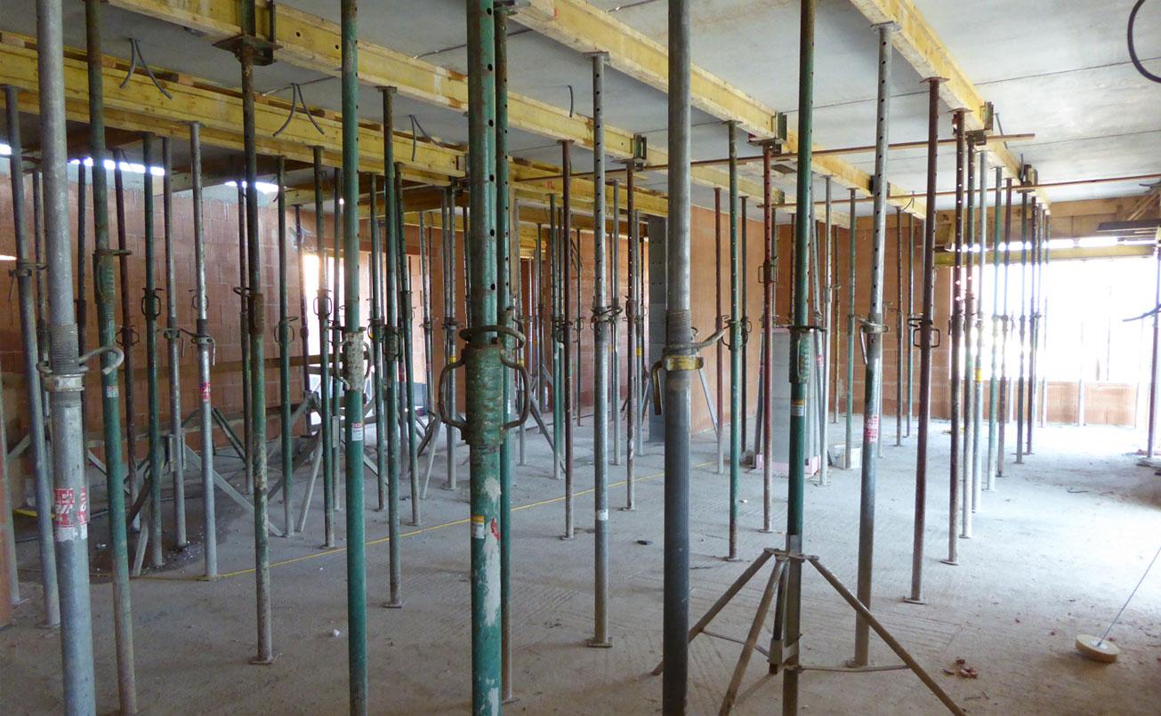 Fertigstellung des Erdgeschosses.