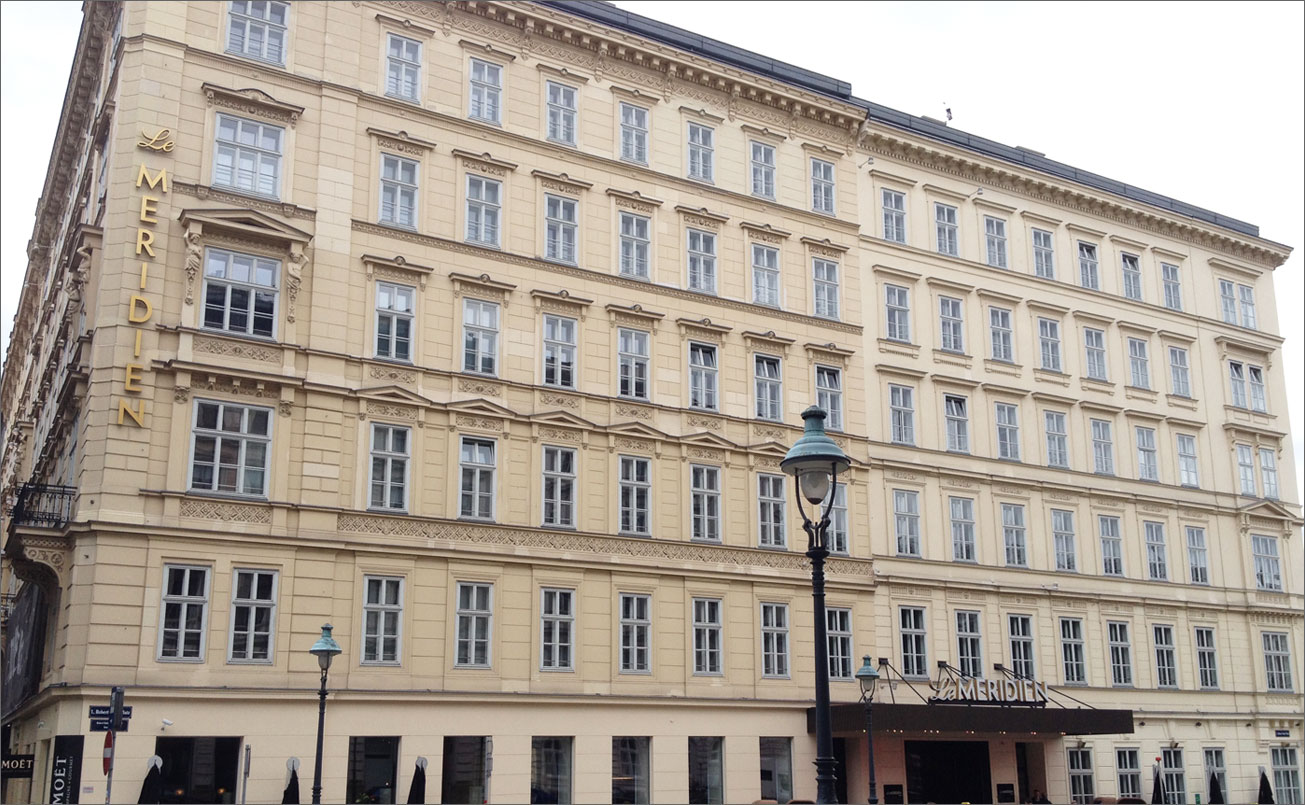Le Meridien, Artist´s Space, 1010 Wien, Opernring 13-15, Schillerplatz visavis Akademie der bildendend Künste.