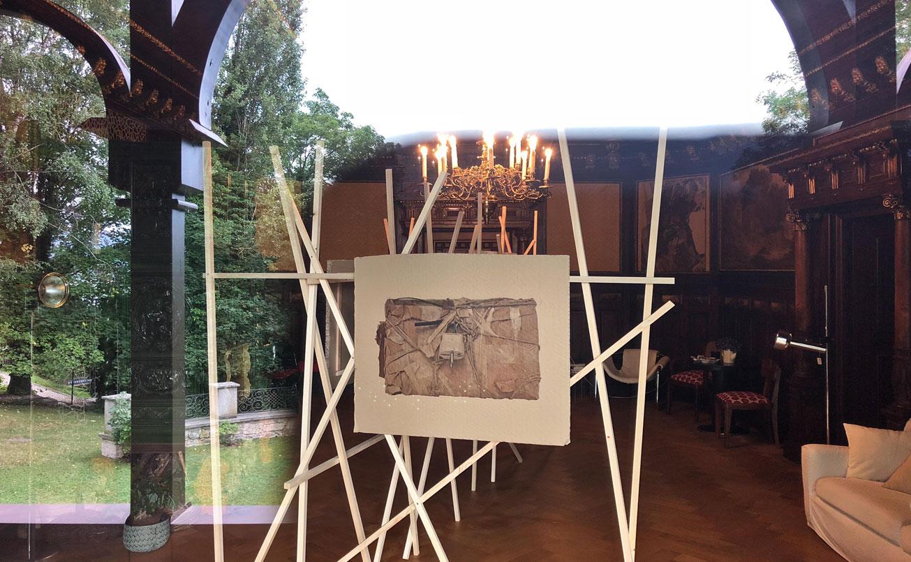 Kunstsalon von Aussen nach Innen und zurück.